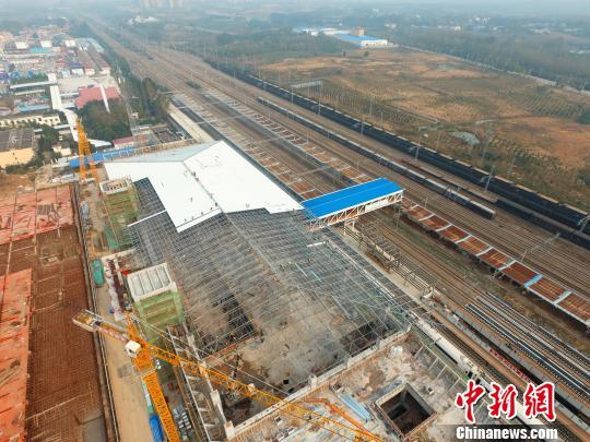 安徽最复杂的改造站六安高铁站站房主体结构完工