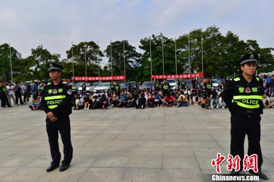 广西南宁警方侦破特大传销案102名组织领导者被捕