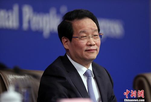 资料图:中国保险监督管理委员会主席项俊波。<a target='_blank' href='http://www.chinanews.com/'>中新社</a>记者 汤彦俊 摄