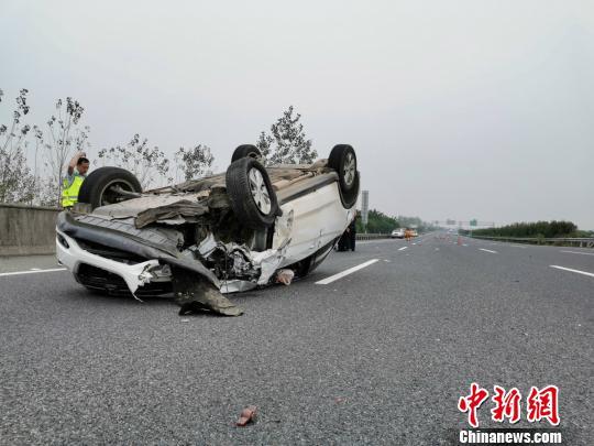 事故车辆。高速交警供图
