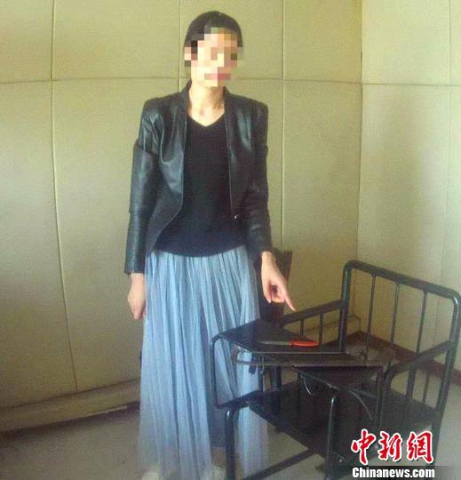 河北邢台夫妻俩持械截停公交车双双被拘15天