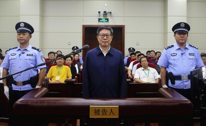 天津原市长黄兴国一审被判有期徒刑十二年(图)