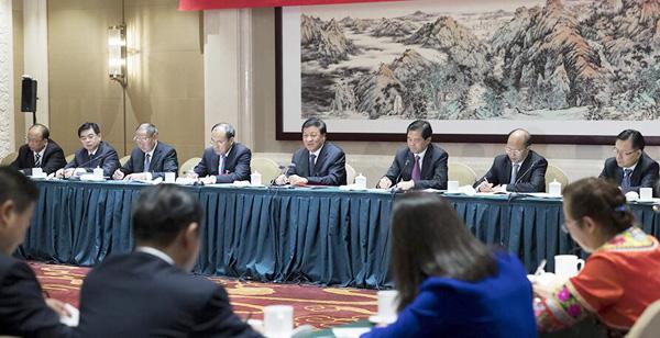 刘云山参加十九大云南代表团讨论