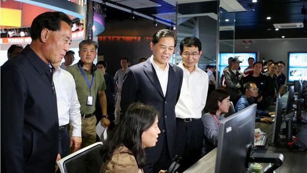 陈豪在云南广播电视台调研 赵金、刘慧晏参加调研
